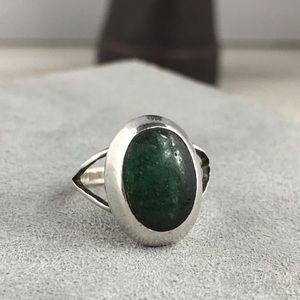 Vintage Taxco Sterling Silver Green Stone Ring
